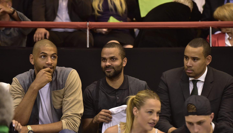 Nicolas BATUM, Tony PARKER et Gaëtan MULLER lors du quart de finale playoffs ASVEL-LE MANS en 2015 -Crédit photo-Hervé Bellenger